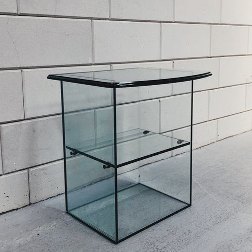 Glazen Bijzettafel / Nachtkast