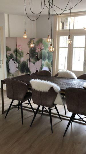Visgraat Design Eettafel Met Gouden Messing Poten